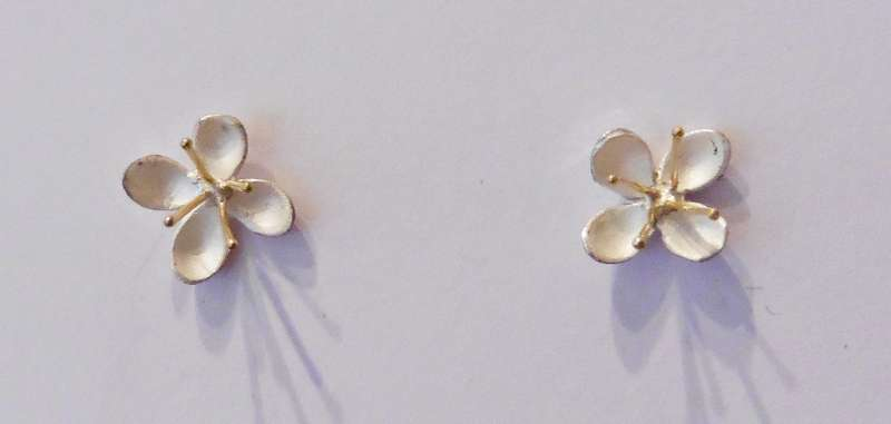 Meadow rue stud earrings