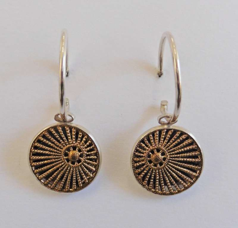 Sun ray hoop earrings