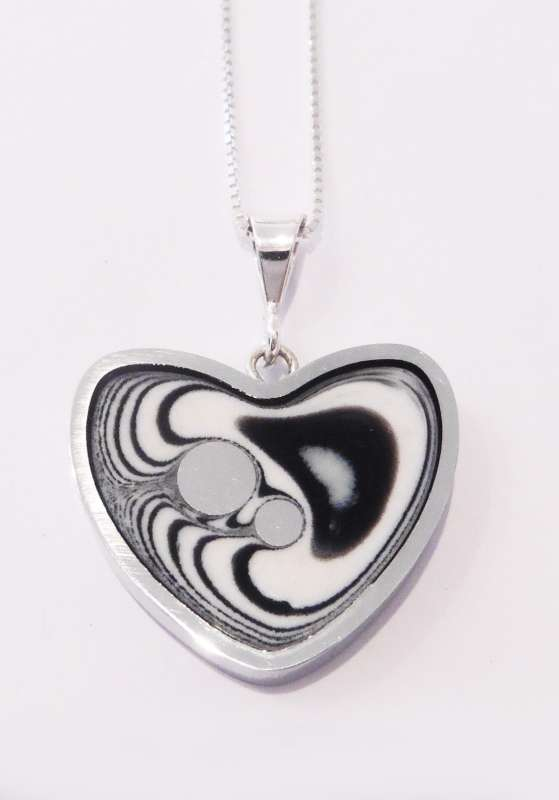Heart winter pendant