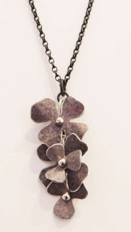Grey rosa cascade necklace