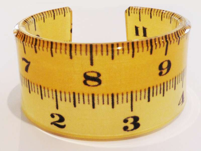 Tape measure double cuff - yellow
